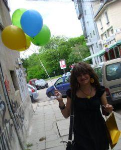 Maggie Nazer happy